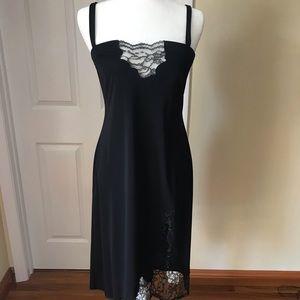 Gorgeous BCBG black evening gown size Medium